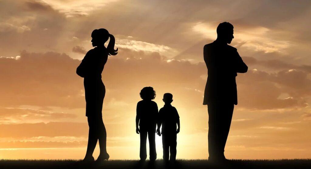 Как получить статус матери-одиночки после развода?