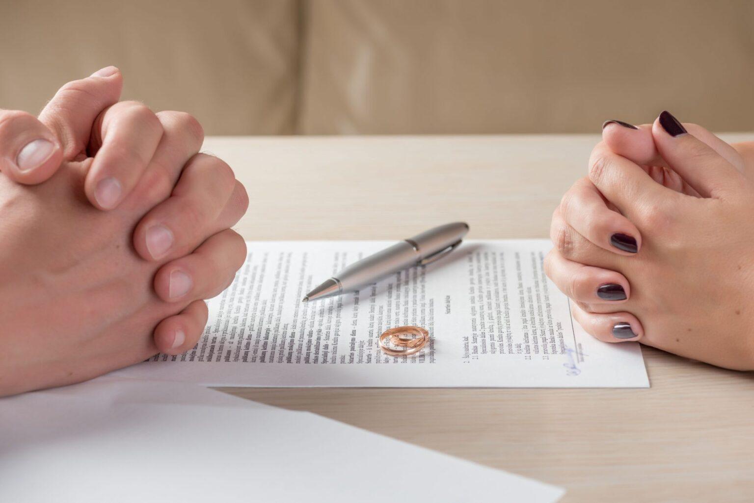 Расторжение брачного договора