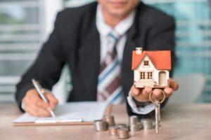 Юрист по вопросам недвижимости