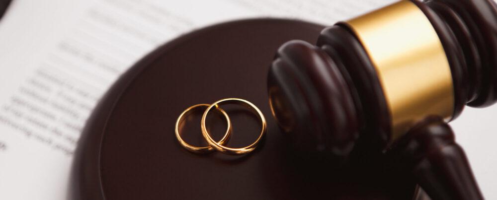 Можно ли оформить развод через доверенного человека