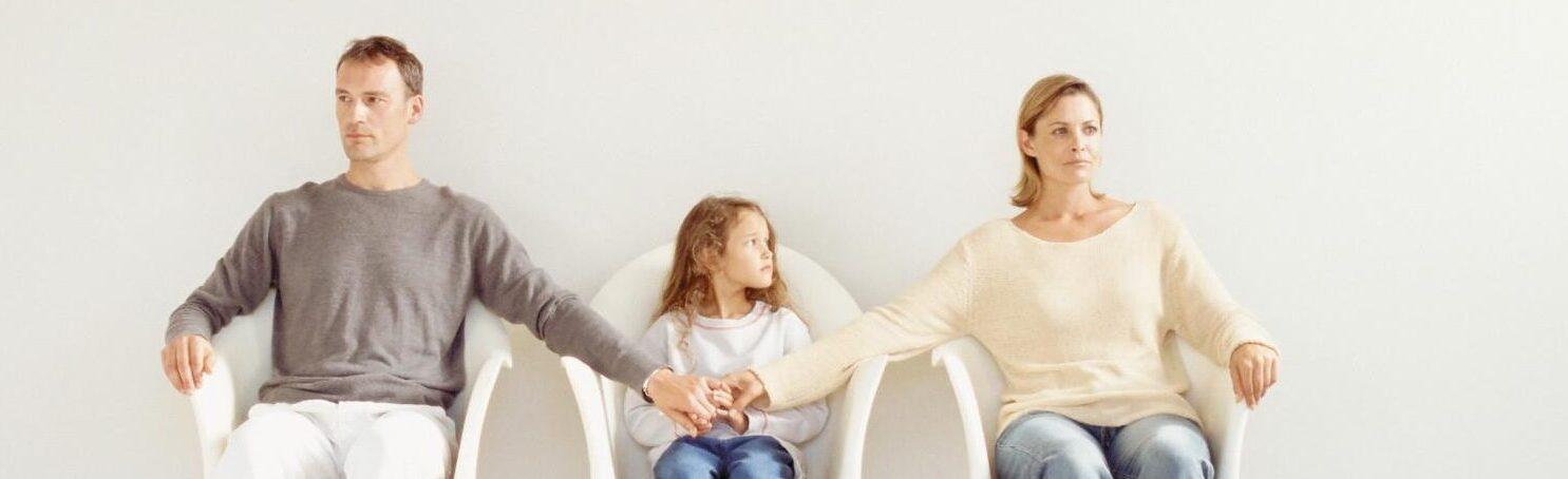 Порядок общения с ребенком при разводе супругов