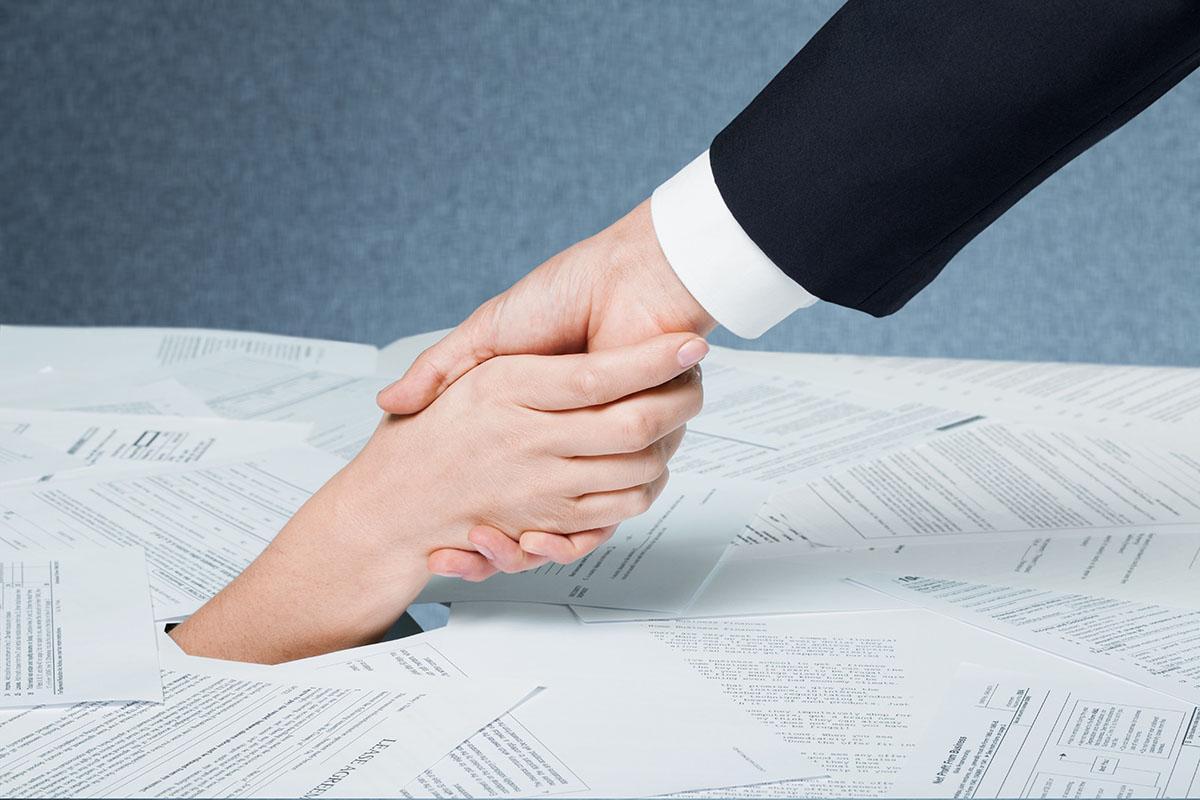 Помощь юриста при долгах