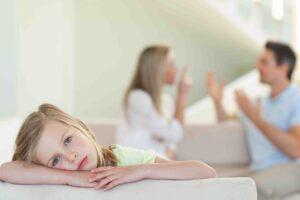 С кем останется жить ребенок после развода