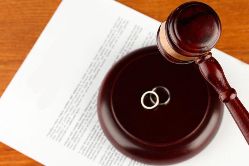 Услуги юриста при разводе. Представительство в суде